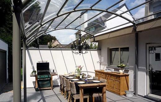 abris en alu pour terrasse pergola en alu toiture terrasse. Black Bedroom Furniture Sets. Home Design Ideas