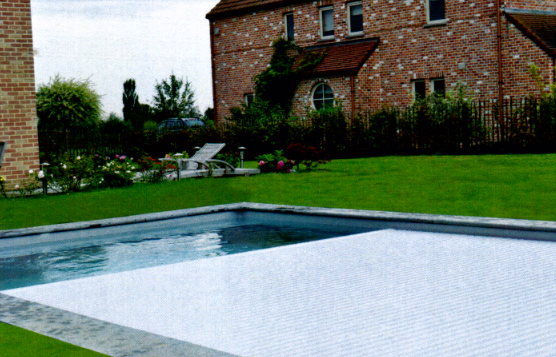 Accessoires de piscine waterloo accessoires piscine for Accessoire piscine professionnel