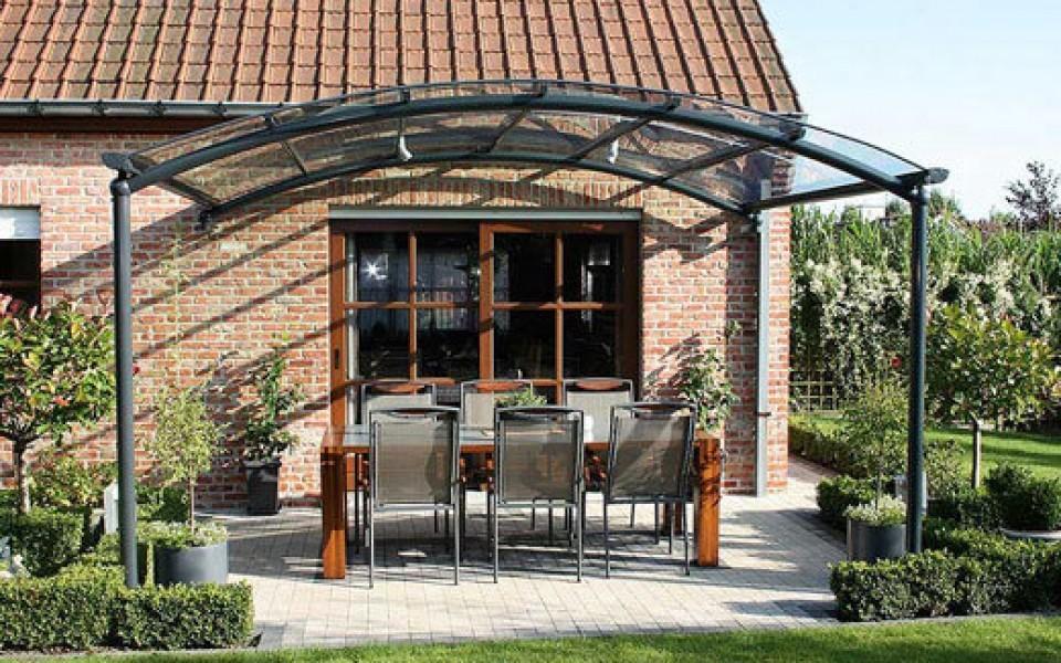 Auvent de terrasse bozarc chez jardin confort - Auvent de terrasse ...