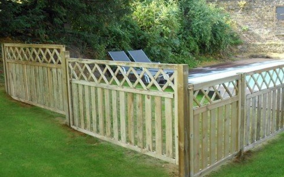 Cl tures de jardins wavre gabions brabant wallon for Porte cloture jardin