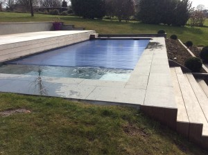 Aux piscines lucas lasne brabant wallon for Entretien jardin waterloo