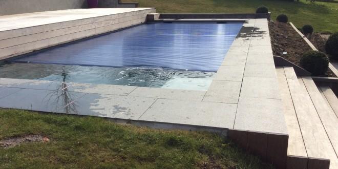 L 39 entretien de la piscine aux piscines de lucas for Accessoire piscine namur