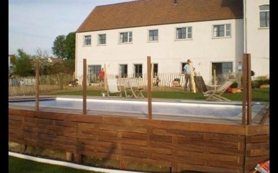 Construire piscine beton lucas for Entretien jardin waterloo