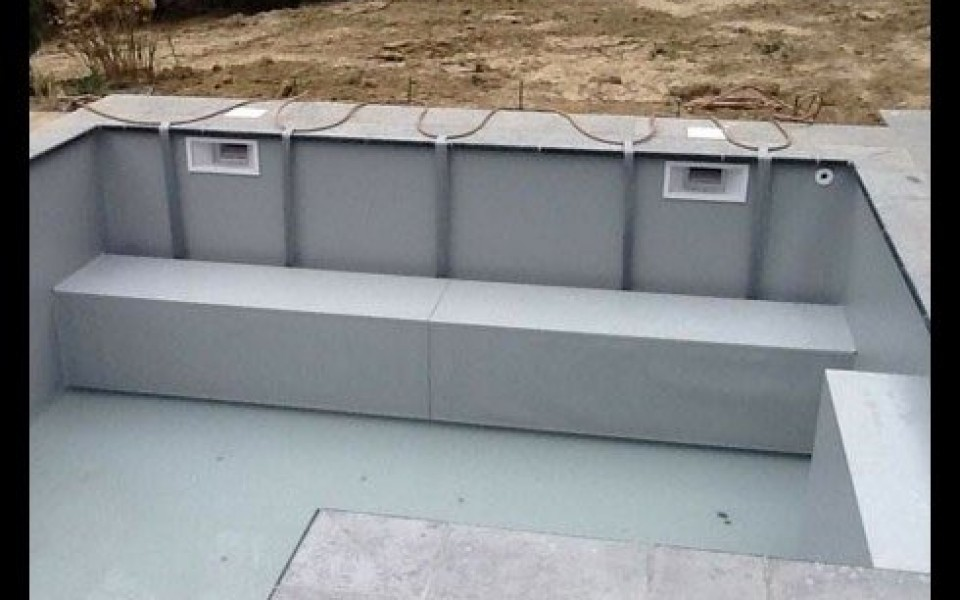 R nover une piscine en b ton aux piscines de lucas for Renovation piscine beton