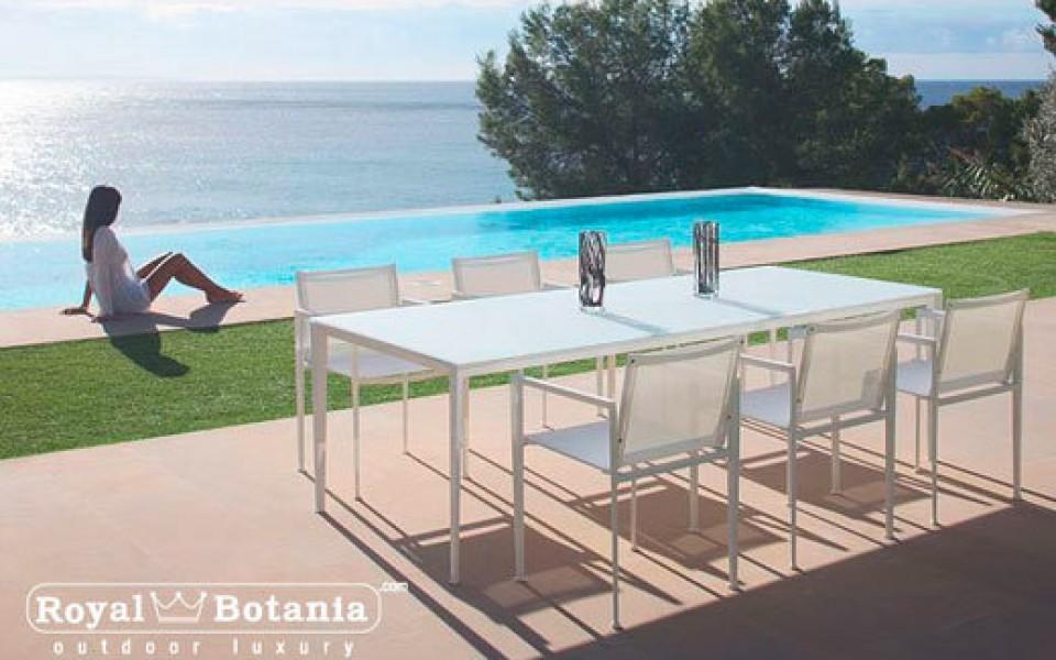 table et chaises de jardin en teck et alu li ge. Black Bedroom Furniture Sets. Home Design Ideas