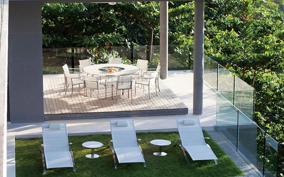 Meubles de jardin royal botania uccle jardin et for Jardin royal