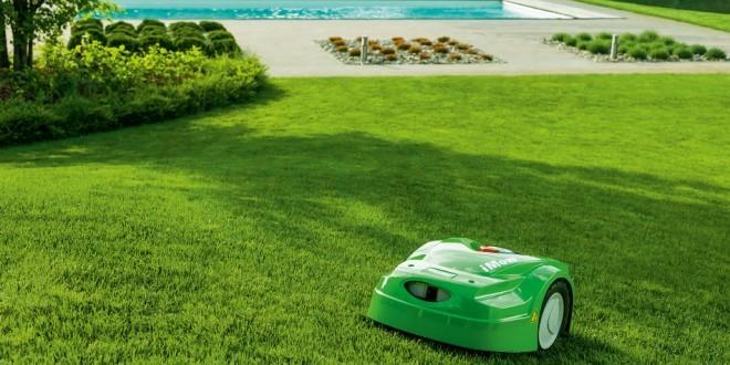 Robot de tonte viking chez provert waterloo for Tonte jardin