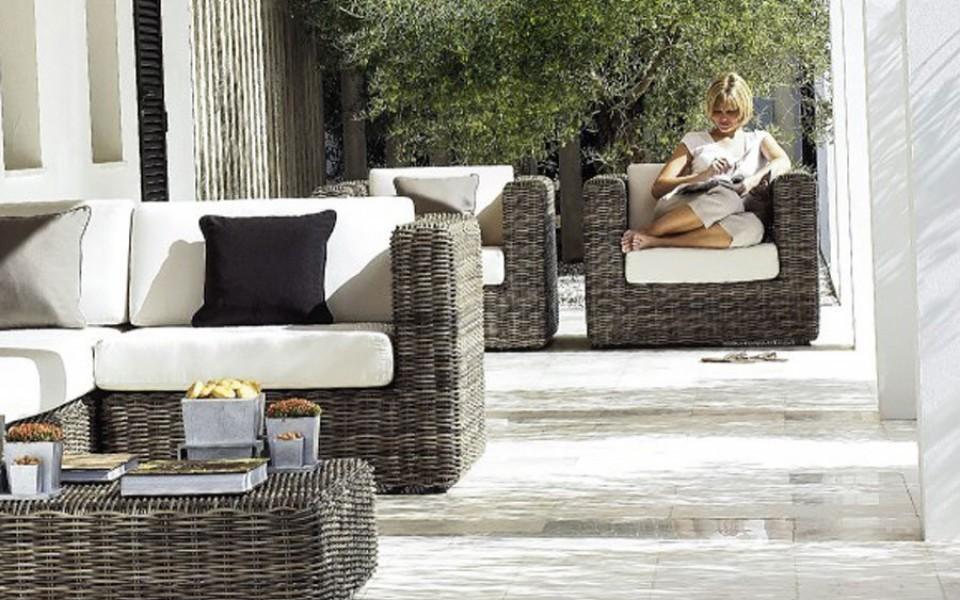 Salon jardin resine tressee waterloo uccle - Decoration jardin resine ...