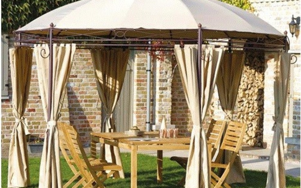 tonnelles autoportantes pergolas parasols brico marche. Black Bedroom Furniture Sets. Home Design Ideas
