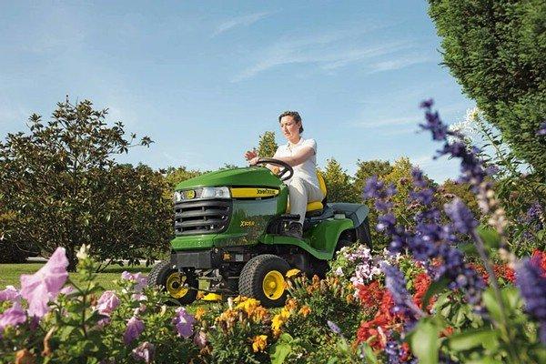 Tracteurs tondeuses de john deere for Entretien jardin bruxelles