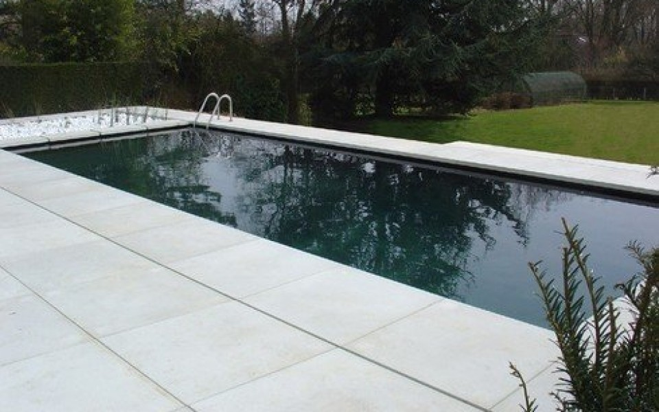 Piscine naturelle waterloo uccle grez doiceau bruxelles for Construction piscine waterloo