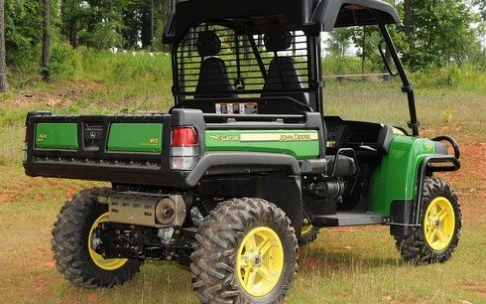 utilitaire gator xuv prix tracteur professionnel john deere. Black Bedroom Furniture Sets. Home Design Ideas