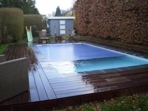 Accessoires de piscine waterloo accessoires piscine for Accessoires piscine 41