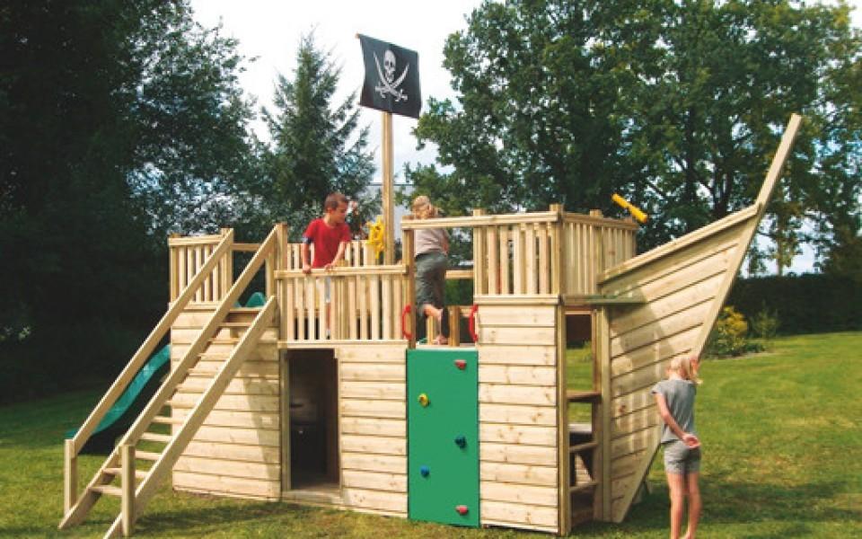 portique balan oire en bois mur d escalade. Black Bedroom Furniture Sets. Home Design Ideas