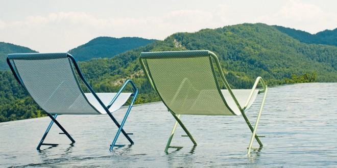 Chaises longues transat tournai for Deco jardin tournai 2015