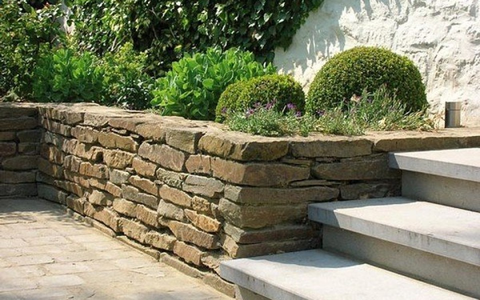 murs de sout nements et gabions par henrion jardins. Black Bedroom Furniture Sets. Home Design Ideas